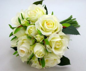 Bukiet róż ecru - 20 PLN